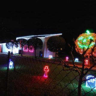 La casa de las luces de Parbayon se viste de Halloween
